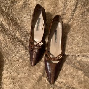 Manolo Blahnik vinatge kitten heels 👠